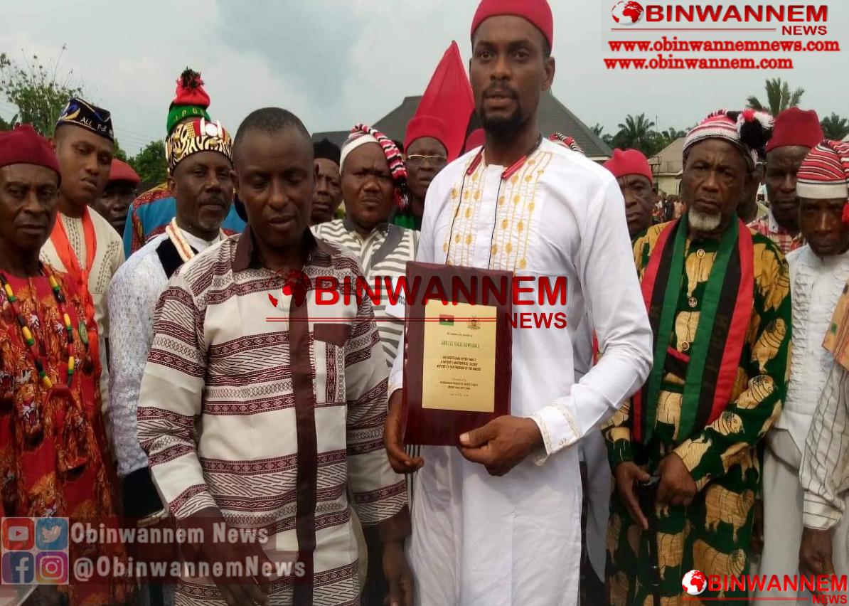 """Elder's council awards Kanu """"Nature's Masterpiece"""""""