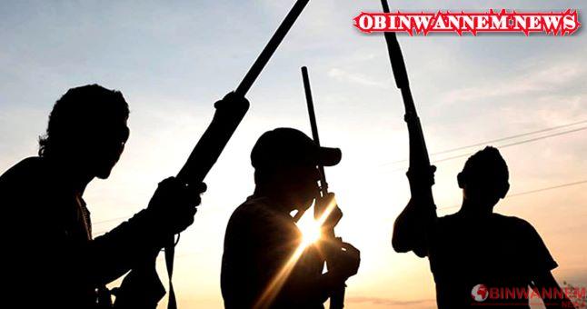 Unknown gunmen raid police checkpoint, loot rifles, kill 2 officers